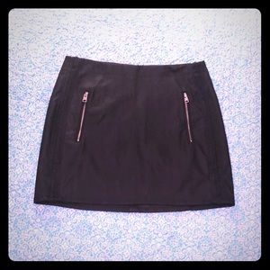 NWT Express Faux Leather Skirt w/ pockets